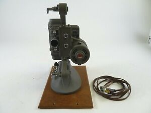 DeJur-Model-750-8mm-Projector-with-power-cord-and-in-Excellent-working-Condition