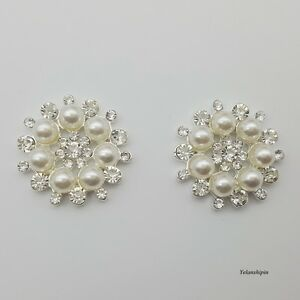 Image is loading 20pcs-Pearl-Silver-Crystal-Button-Clear-Rhineston-Flatback- 5a42bf474875