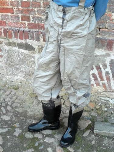 DDR Wathose mit Stiefeln verschieden Größen