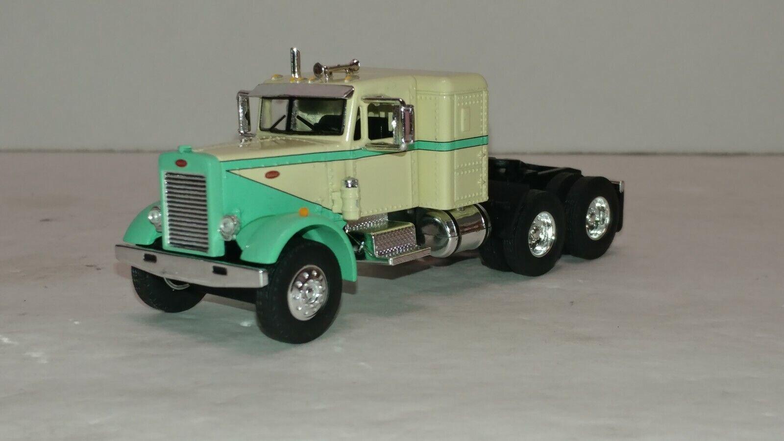 gran descuento DCP First Gear Gear Gear verde tan Peterbilt 351 con tractor Sleeper Nuevo Sin Caja  hasta un 65% de descuento