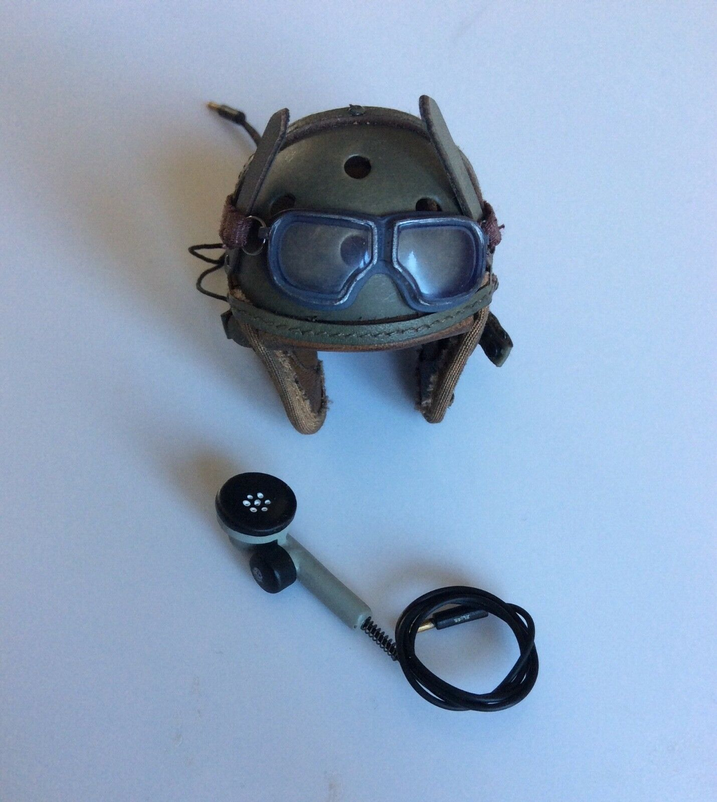 DID 1 6  Scale WW2 US Army M38 Tankers Helmet (SSgt Donald Collier)