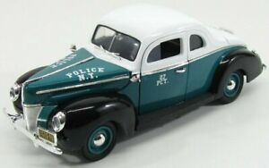 GREENLIGHT 1/18 FORD USA | DELUXE COUPE CITY OF NEW YORK POLICE 1940 | GREEN ...