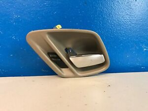 Interior and Exterior Door Handle For 1999-2004 Jeep Grand Cherokee Front Kit