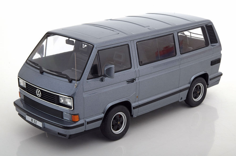 VW Bus t3 PORSCHE b32 1984-Grey Met. - 1:18 KK-Scale >> NEUF << | L'apparence élégante