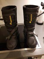 Find Mc Støvler 43 i MC beklædning og hjelme Køb brugt på DBA