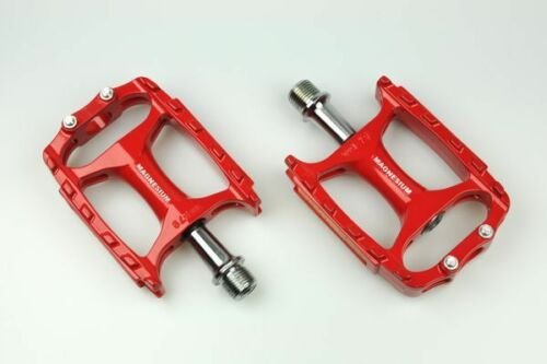New Wellgo Extra Lite Magnesium CNC Mountain Bike Pedal MTB M138 Pedals Red