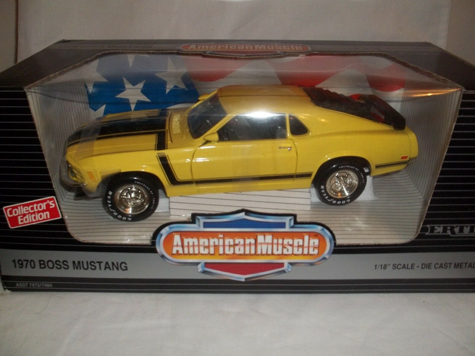 Ertl American Muscle 7484 Boss Mustang 1970 Jaune/nero 1/18 État Neuf & en Boîte
