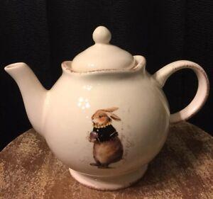 Magenta-Tea-Easter-Rabbit-Teapot-Pottery-Artisan-Collection