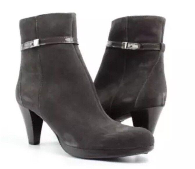 La Canadienne Marcie Moka Suede Suede Suede Moka Ankle Stiefel Sz 8.5 M 4549 f4c16c