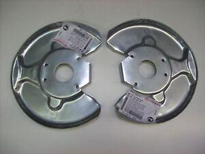 Ankerblech-Spritzblech-Hitzeschutzblech-Satz-vorne-Volvo-240-Bj-75-93-ohne-ABS