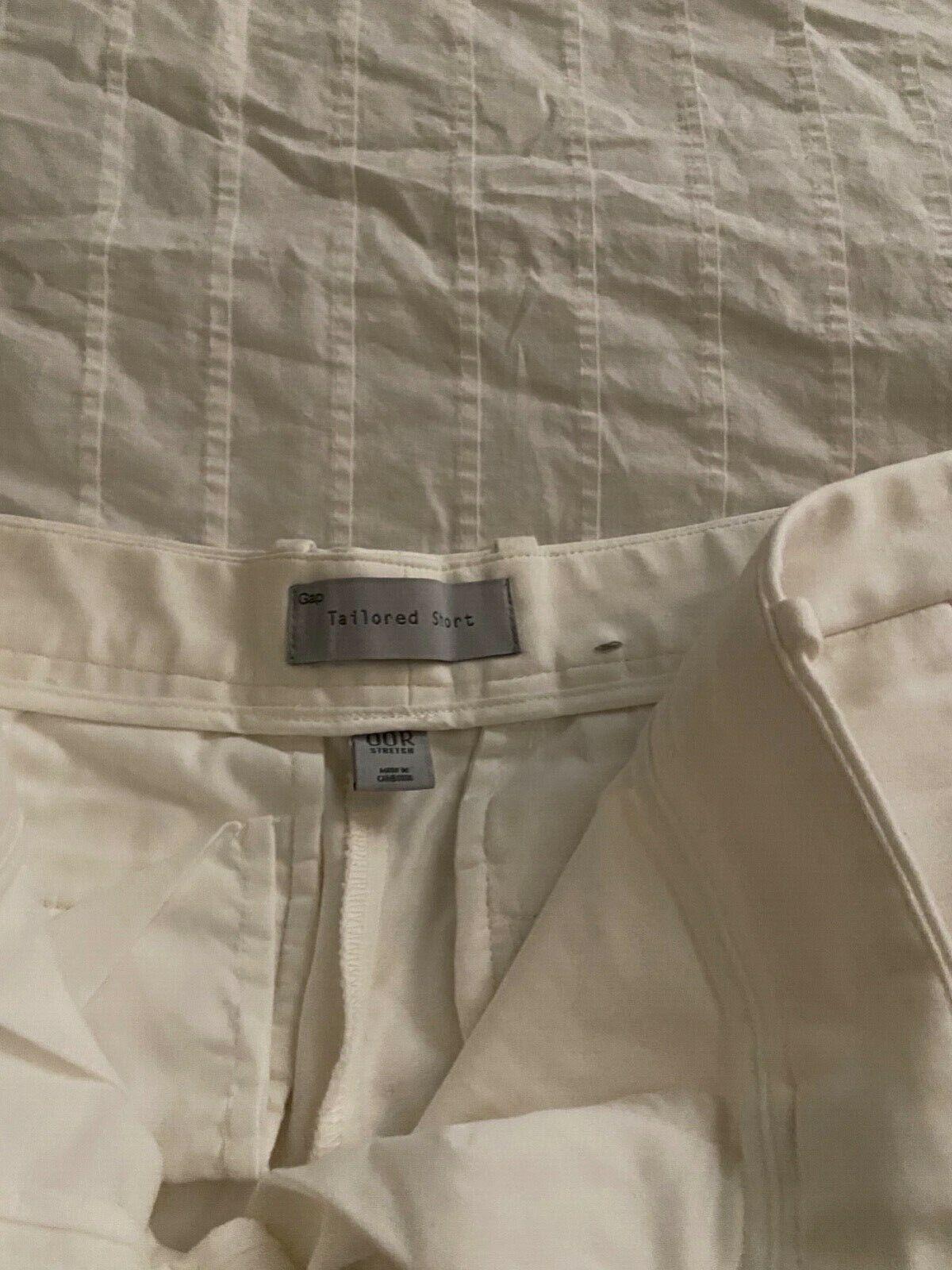 Gap Tailored White Shorts 00R - image 4