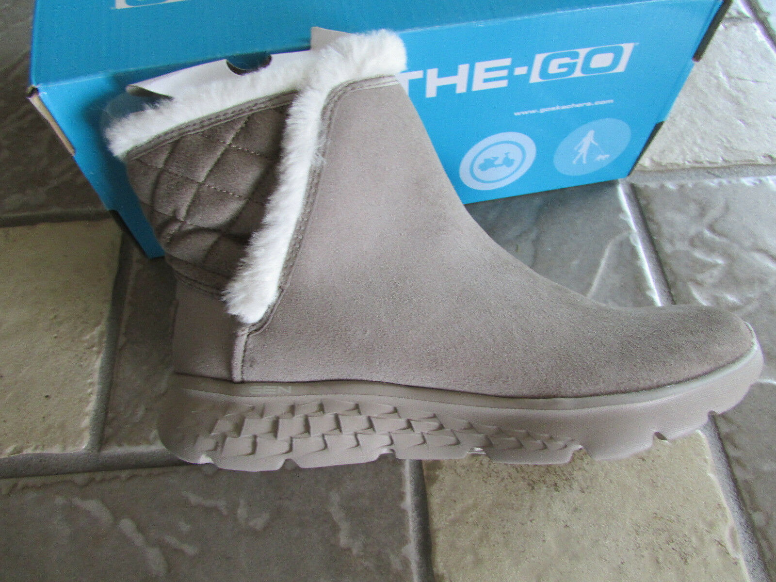 NEW SKECHERS ON THE GO COZIES BOOTS TAUPE WOMENS 6