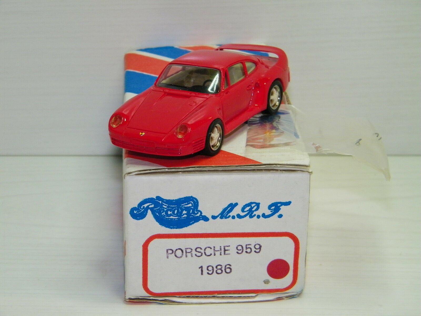 KIT RECORD - - - PORSCHE 959 1986 ROUGE 05df7b