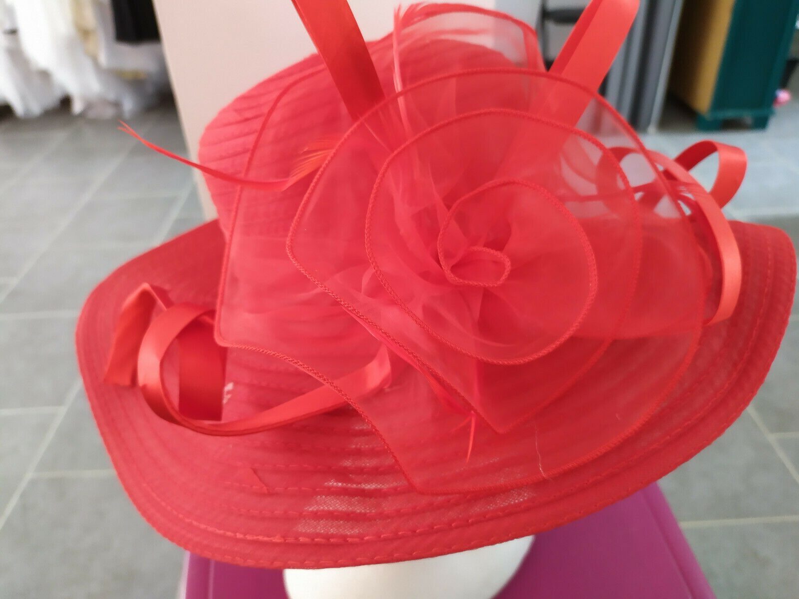 Straw hat style/organza colour: red