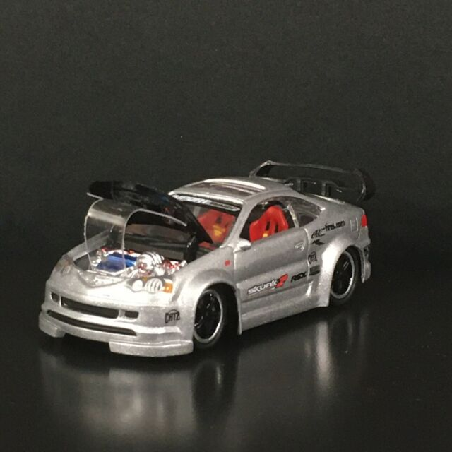 2002 ACURA RSX TYPE S IMPORT TUNER 1:64 SCALE COLLECTIBLE