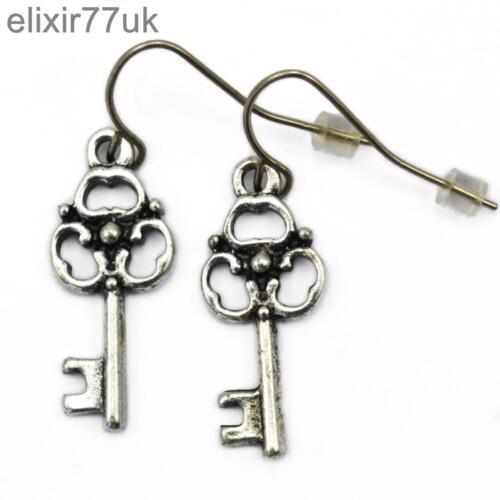 Nuevo par de Plata Cruz Llave de encanto corazón Gota Colgante señoras pendientes Crucifijo del Reino Unido
