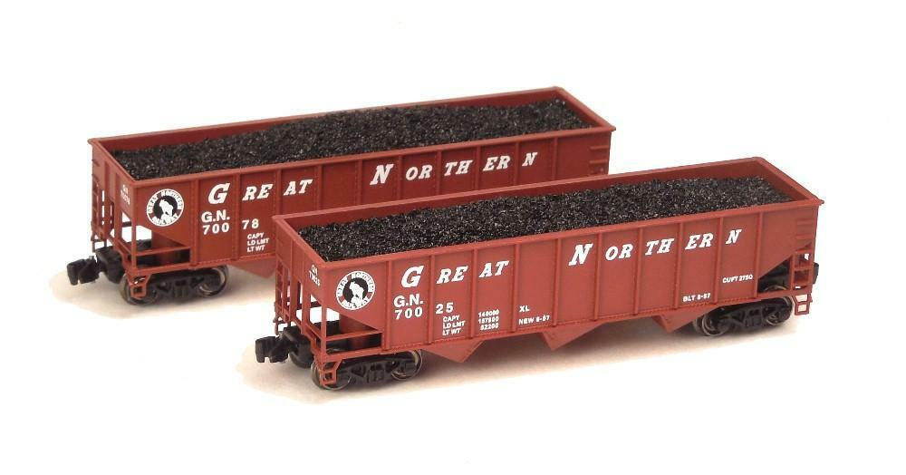 Z scale Full Throttle Great Northern 70-Ton 3-Bay Hoppers Set 1