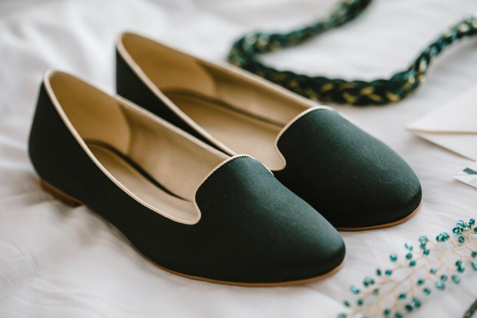 Emerald Green Women's Women's Women's Silk Loafers with gold Trim - NEVER WORN 40b66a