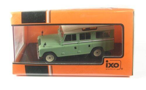 Land Rover Series II 109 Station Wagon light green//beige 1958-1:43 Ixo