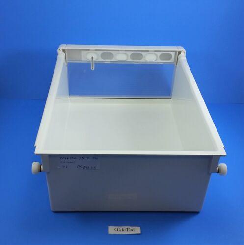 7016882 SUB-ZERO Refrigerator Model 590 Crisper;  P1