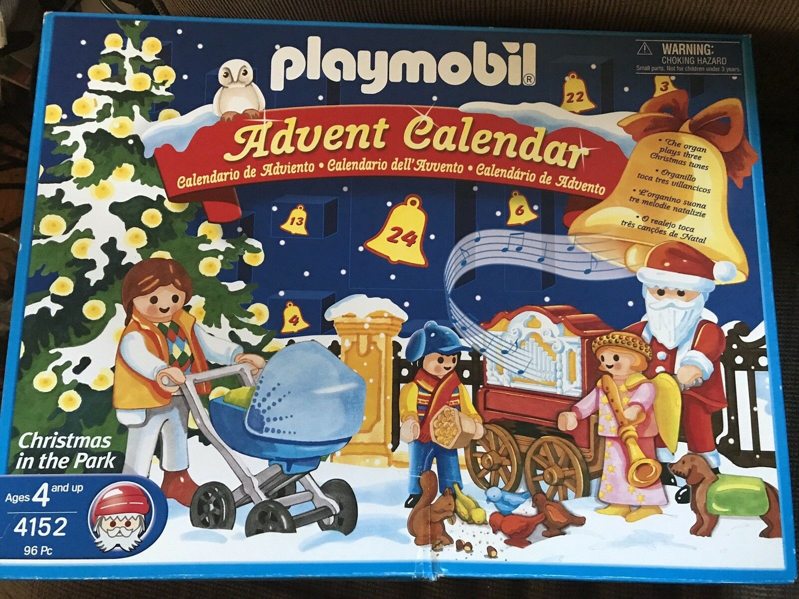 NIB Playmobil 4152 Christmas in the Park Advent Calendar 2005
