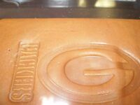 Nfl Green Bay Packers Embossed Leather Trifold Wallet Nip
