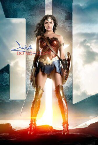 Gal Gadot Wonder Woman Reprint SIGNED 12x18 Poster #2 RP Justice League