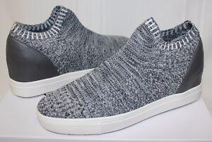 Steve Madden Sly Knit Slip On Sneaker