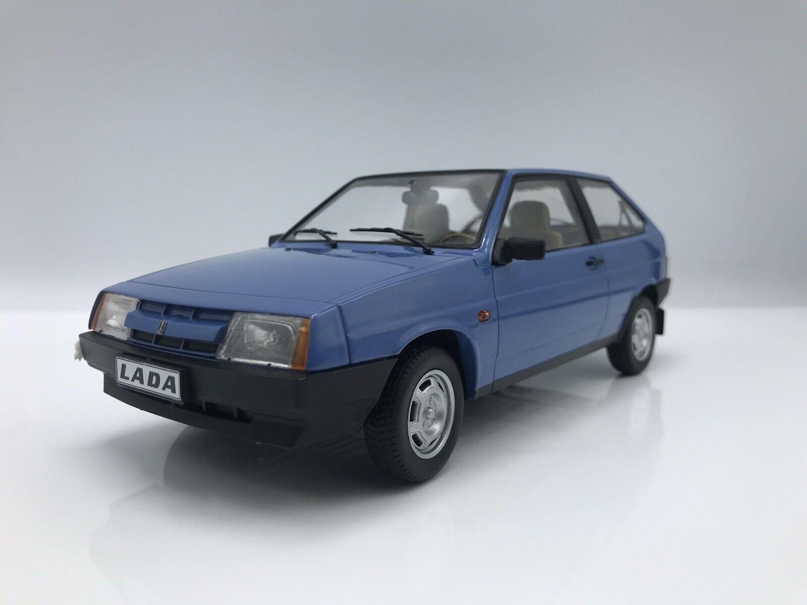 Lada Samara 1984 Bleu - 1 18 KK-Scale  New