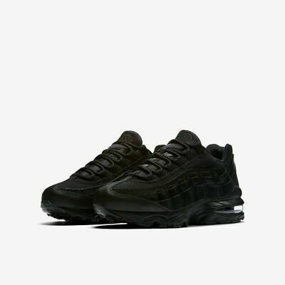 Details about Juniors NIKE AIR MAX 95 GS Black Trainers 307565 055