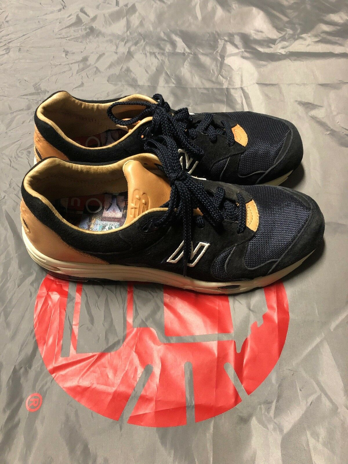 Mens new balance size 10 wide