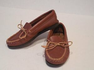 Image is loading MINNETONKA-MOCCASINS-Shoes-LEATHER-UPPERS-Rubber-Soles- WOMENS- cdc1a28c9