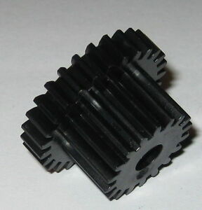 Thermoplastic-Metric-Dual-Spur-Gear-6-mm-Bore-27-Teeth-28-5-19-5-mm-OD