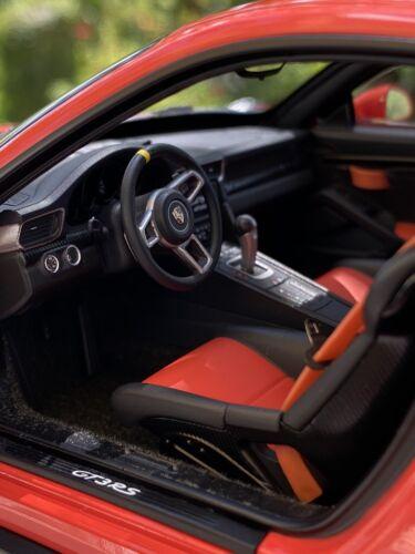 1:18 AUTOart Porsche 911 GT3 RS 991 #78168 by Raceface-Modelcars