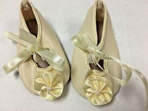 f552e020f6464 Details about Doll shoes lot of 4 pair for large dolls