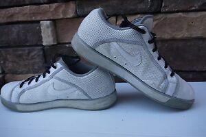 82d2036ec7676f Jordan Sky High Low Men s Basketball Shoe 454076 110 White  Grey US ...