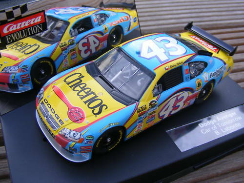 Carrera Evolution 27221 NASCAR DODGE Labonte ONLY USA
