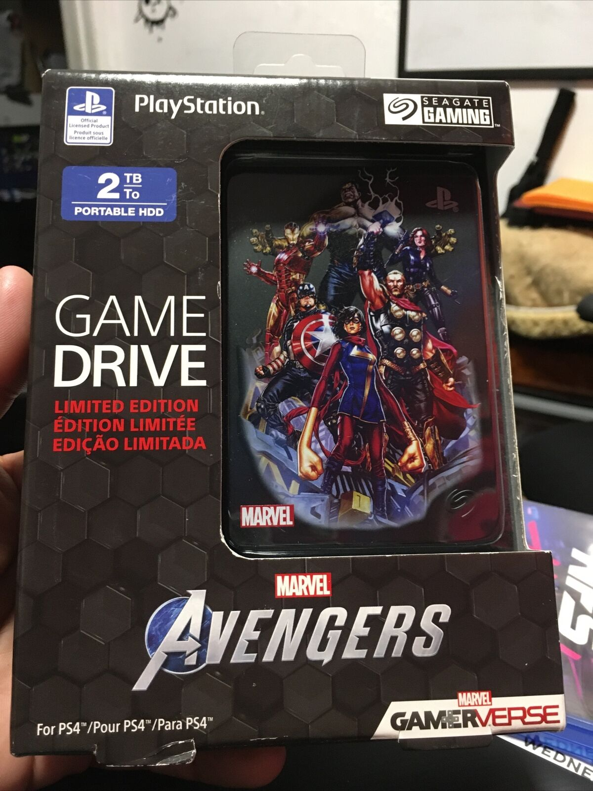 Seagate 2TB Game Drive for PS4 [ Marvel Avengers Limited Edition ] NEW