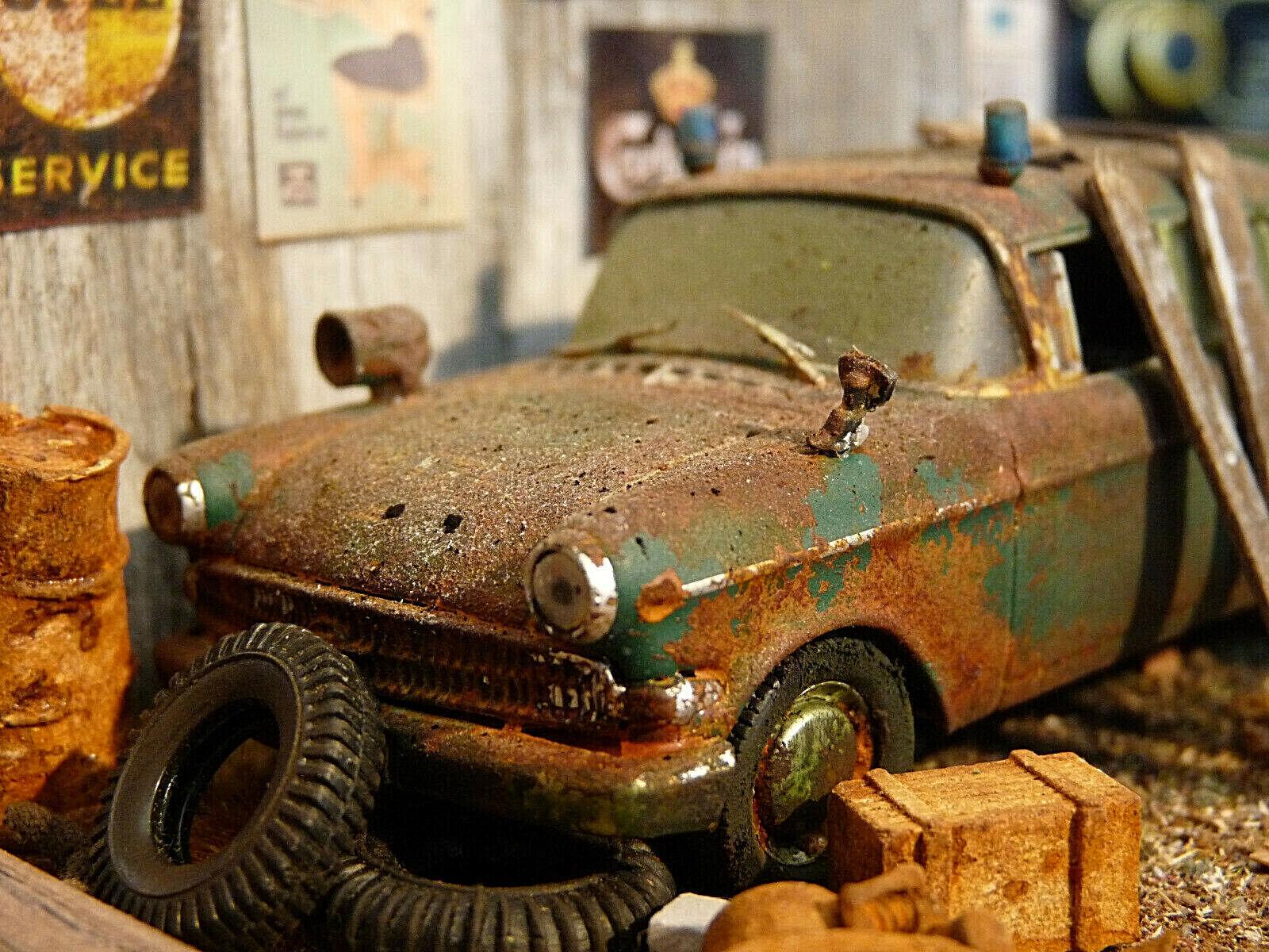Opel Kapitän Polizei Bj.1959 - Oldtimer Scheunenfund Diorama im Maßstab 1 43