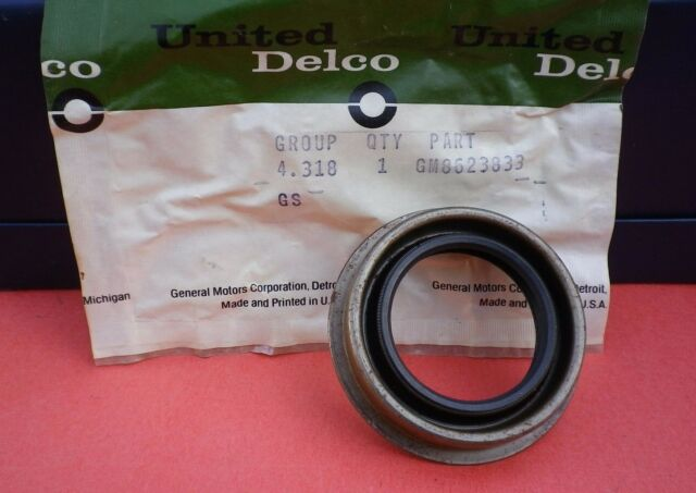 Nos 65 66 67 Cadillac Transmission Output Shaft Rear Seal