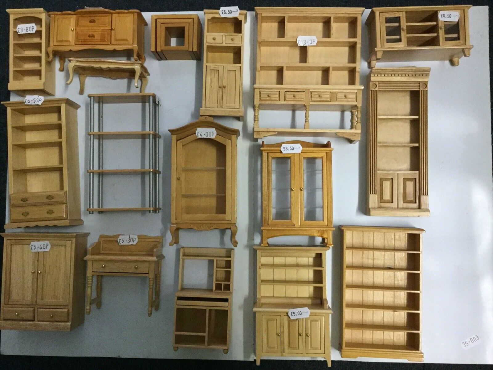 1/12th DOLLS HOUSE PINE LIVING ROOM FURNITURE
