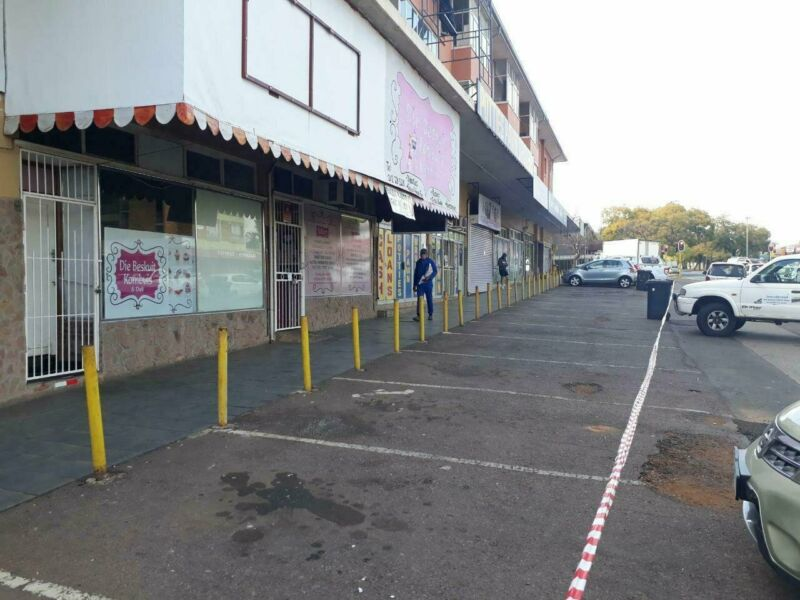 PRIME PROPERTY - VILLIERIA - 56SQM HIGHLY SOUGHT AFTER TAKE-AWAY SHOP TO LET ON BEN SWART STREET