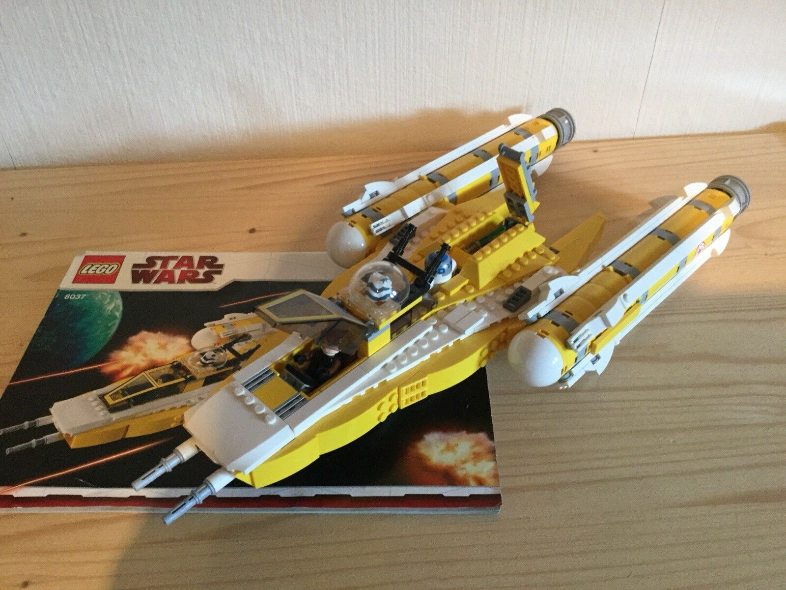 LEGO StarWars Anakin's Y-Wing Starfighter (8037)