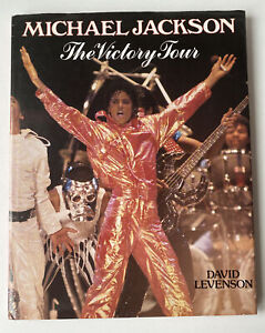 Michael Jackson The Victory Tour Picture Book 1984 - ** VERY RARE COPY**  📸
