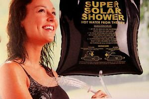 CAMP-SHOWER-SOLAR-HEATED-5-GALLON-COMPACT-EASY-TO-USE-NON-TOXIC-PVC-COGHLANS