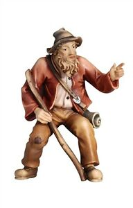 Shepherd-pointing-statue-wood-carving-for-Nativity-set-mod-912