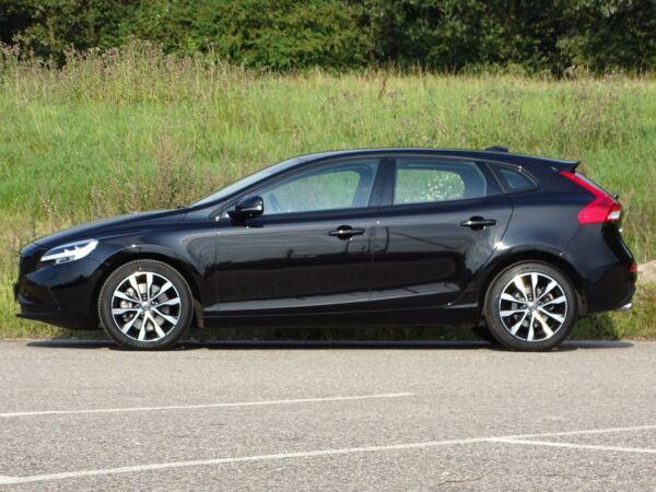 Volvo V40 2,0 D3 150 Momentum aut. - billede 2