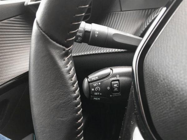 Peugeot e-208  Allure billede 10
