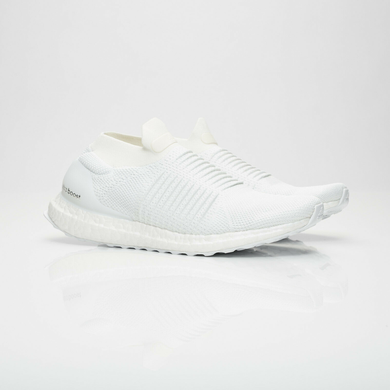 Men's Adidas Performance Ultra Boost Laceless Trainers White Size UK 8 (BB6146)