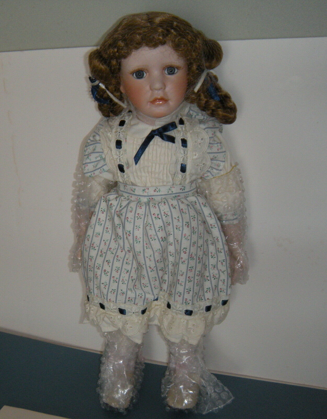 World Gallery  By Laura Cobabe Her Name Dawnel Country Girl 18  Porcelain Doll
